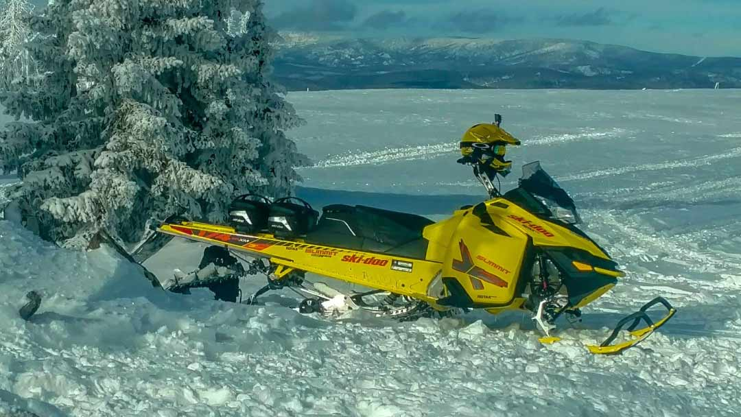 rocky-mountain-snowbile-rental-steamboat-solo-sled-rental-3